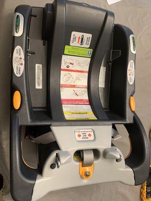 Chicco Car Seat Base for Sale in Warwick, RI