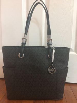 Michael Kors Jet Set MK Logo Black EW Signature Tote Handbag for Sale in Falls Church, VA
