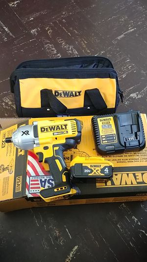 "DEWALT. 1/2"" HIGH TORQUE IMPACT WRENCH for Sale in Silver Spring, MD"