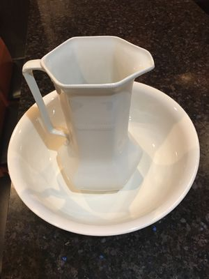 England China white Pitcher and bowl 🍲 for Sale in Kirkland, WA
