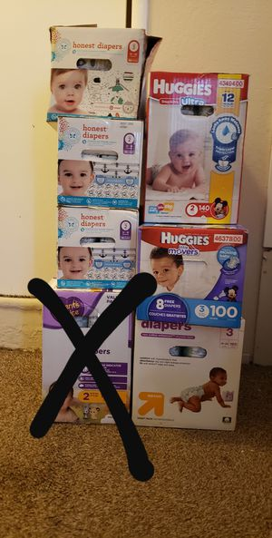 Baby diapers for Sale in Fresno, CA