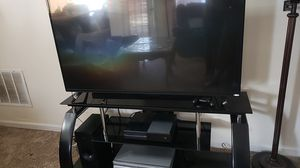55 inch VIZIO smart tv with tv stand for Sale in Lawrenceville, GA