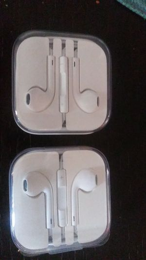 To Apple I earbuds for Sale in Upland, CA