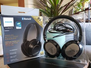 Phillips noise cancelling wireless headphones for Sale in Santa Clara, CA
