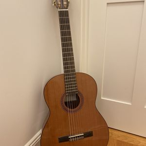 Classical guitar Cordoba — Perfect Condition for Sale in Armonk, NY