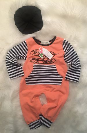 Baby girl outfit size 6-12 months for Sale in Los Angeles, CA