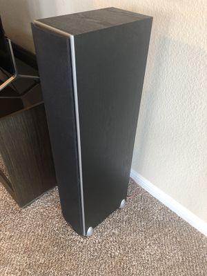 Two Polk Audio TSi300 Floor Standing Speakers for Sale in Cedar Park, TX