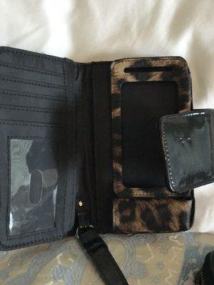 Small wallet for Sale in Manassas, VA