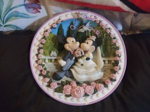 New collector Disney Wall Decor for Sale in HILLS DALES, KY