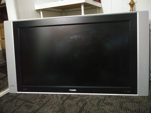 32in Philips Hdtv Tv for Sale in Lake Forest, CA