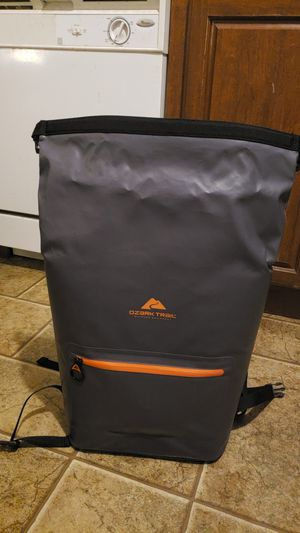 Messanger bag style cooler for Sale in Portland, OR