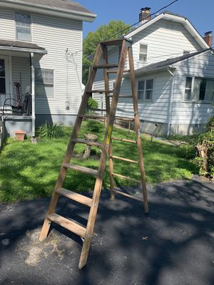 Nice ladder for Sale in Columbus, OH