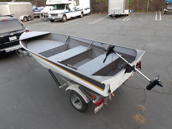 14' Valco Aluminum Fishing Boat