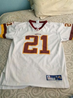 Authentic Reebok Sean Taylor jersey for Sale in Silver Spring, MD