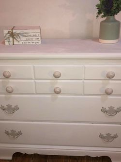 Beautiful Dresser for Sale in Tacoma,  WA