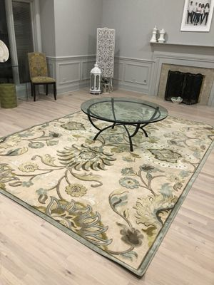 9x12 Area rug in sage tones for Sale in Schaumburg, IL