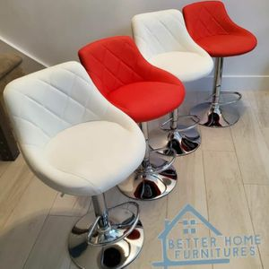 new bar stools set of 4 for Sale in Fort Lauderdale, FL