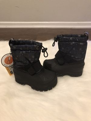 Kamik Snow Boots Toddler size 5 for Sale in Riverside, CA