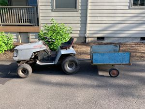 Riding lawn mower for Sale in Tigard, OR