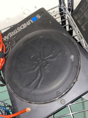 Sound stream subwoofer for Sale in Mascoutah, IL