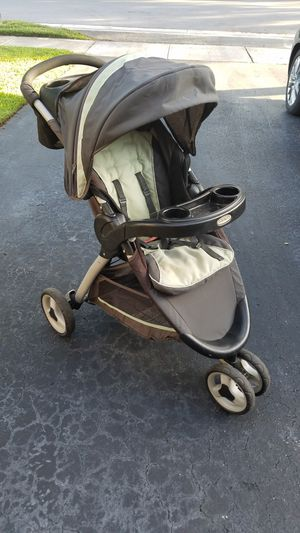 Graco Baby Stroller for Sale in Pompano Beach, FL