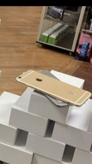 iphone 6 unlocked plus warranty for Sale in Parma, OH