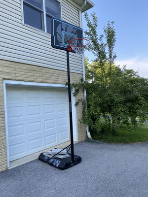 Basketball hoop for Sale in Mount Airy, MD