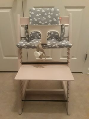 Stokke trip trap with accessories for Sale in Rockville, MD