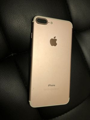 iPhone 7 Plus 32gb for Sale in Freehold, NJ