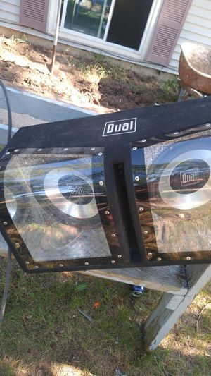 """12""""duel subs in box includes amp and wiring kit for Sale in Interlochen, MI"""