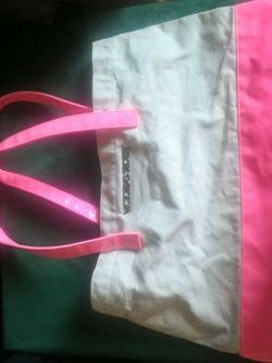 In Excellent Condition Victoria Secret Tote Bag for Sale in Commerce City,  CO