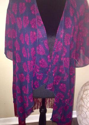 Brand new women's Lularoe Monroe fringe Small (size 0-12) kimono top for Sale in Pinellas Park, FL