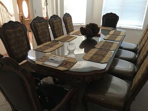 Dining table set for Sale in Yuba City, CA