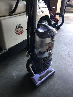 Shark vacuum for Sale in Alafaya, FL