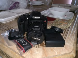 Canon EOS Rebel T7i for Sale in Queens, NY