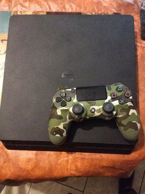 PS4 SLIM for Sale in Chicago, IL