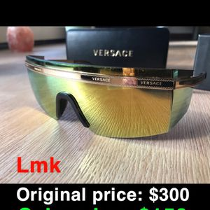 Versace Sunglasses for Sale in Spring, TX
