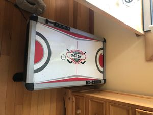 Air hockey table for Sale in Concord, CA