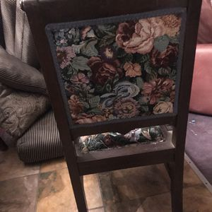 Antique Chair for Sale in Germantown, MD