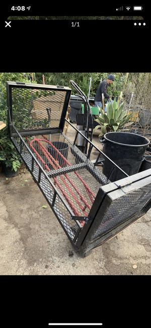 Tow hitch utility rack for Sale in Highland, CA