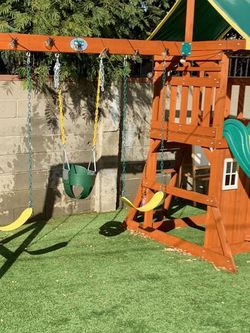Backyard Discovery Oakmont Playhouse for Sale in Los Angeles,  CA