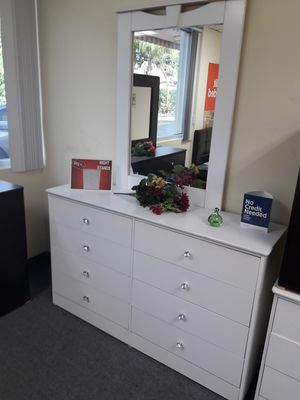 Compressed Wood Dresser with Mirror for Sale in Santa Monica, CA