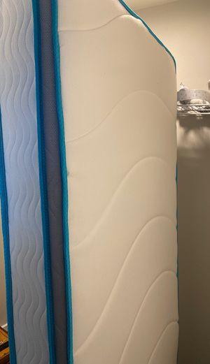 "LinenSpa 8"" Memory Foam and Innerspring Hybrid Mattress Twin XL for Sale in Bonney Lake, WA"