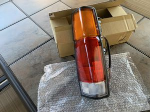 1986-1997 Nissan D21 Pickup Tail Light Right Passenger Side for Sale in Pasadena, CA