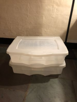 Rubbermaid storage container for Sale in East Rutherford, NJ