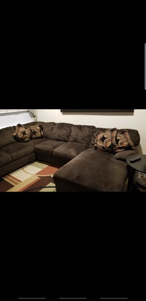 Ashley Furniture sectional couch for Sale in Redwood City, CA