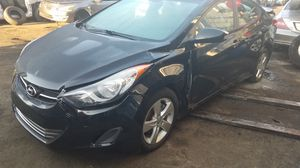 Hyundai elantra for part out for Sale in Opa-locka, FL