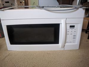 Need gone ASAP 1000 watt over the range microwave for Sale in Portsmouth, VA