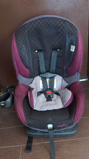 Girl car seat for Sale in Los Angeles, CA