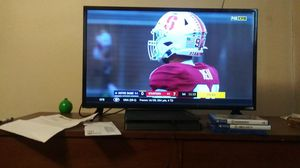 Vizio 32 inch smart tv. for Sale in Fort Rice, ND